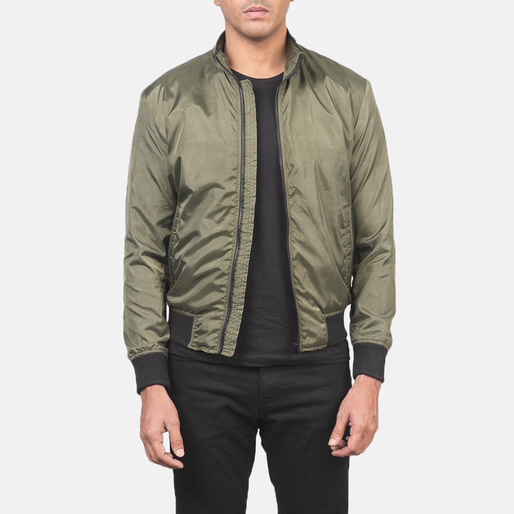 What's the Best Way to Wear a Bomber Jacket? 1