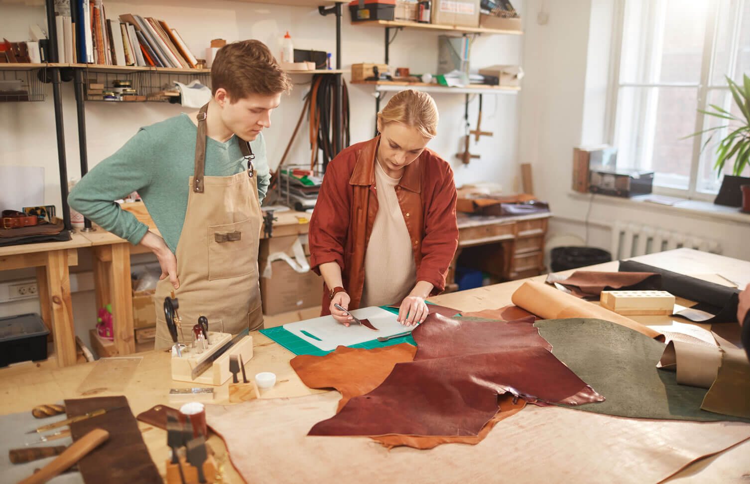 Everything You Need to Know About Cowhide Leather 1